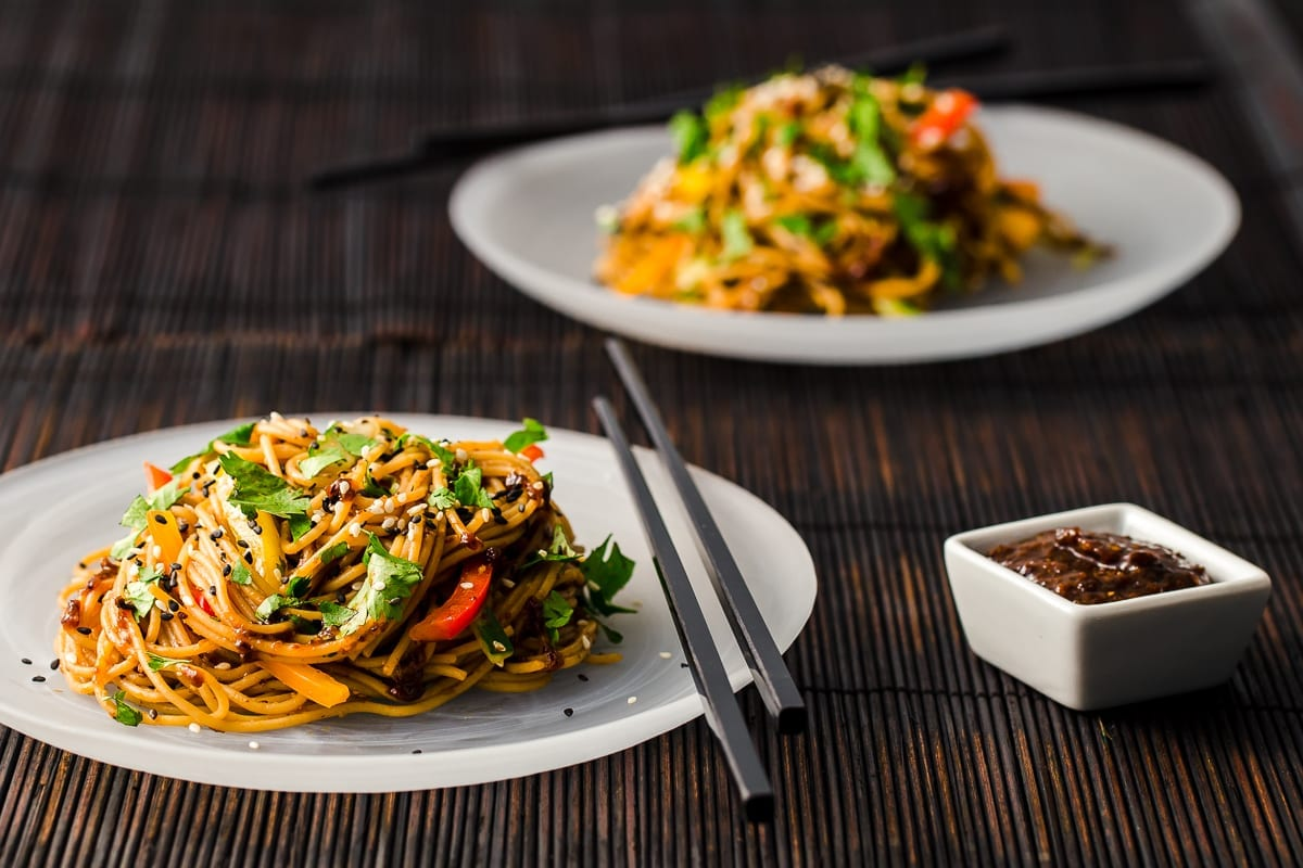 Asian-Style Noodles with Zenzeroy Prune Sauce