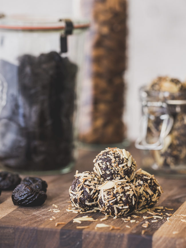 Cocoa-Nut Prune Bites